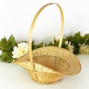 Vintage Wicker Foraging Basket Large Handle Garden